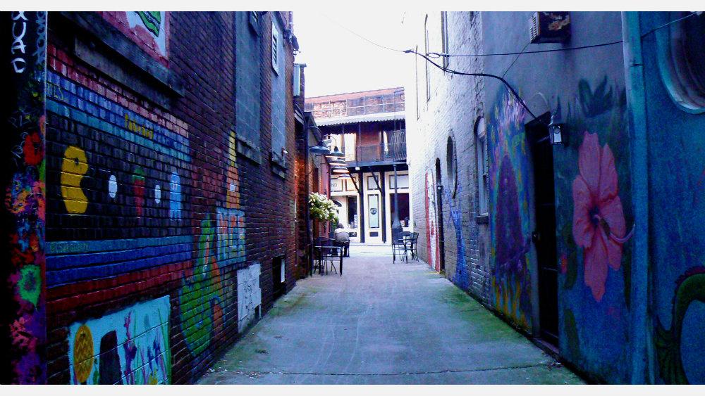 "Jessica Thomas ""Urban Paradise"""